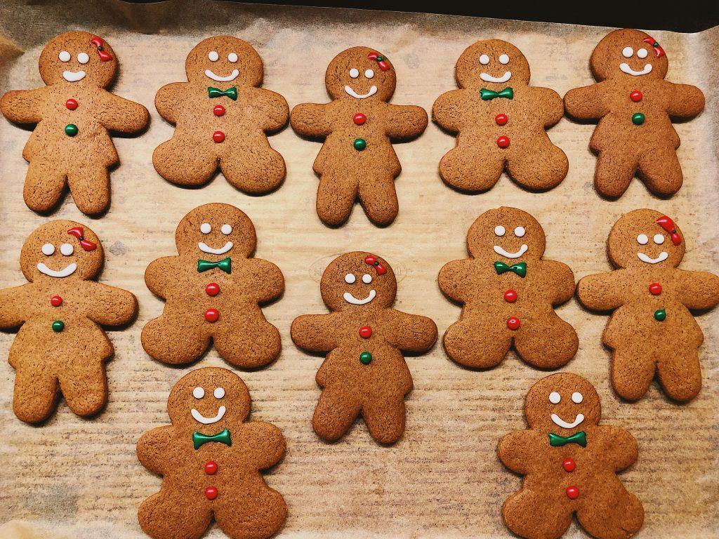 Gingerbread Men & Women