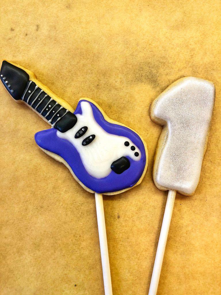 Guitar Cookie Pops